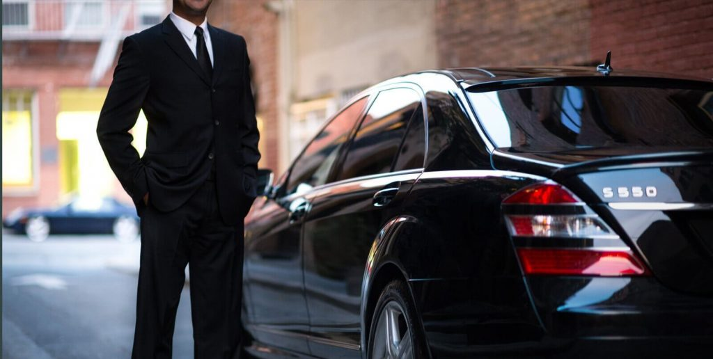 hire chauffeured car limousine service